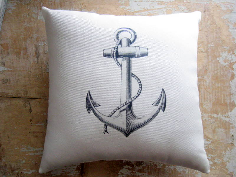 Nautical Pillow, Anchor, Beach Decor, Cottage Decor on Luulla